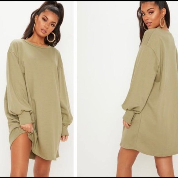 0b82997a003 Sage green oversized sweater dress. M 5c98efca9539f78ac67ec287